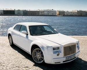 Аренда Chrysler Phantom style на свадьбу в Санкт-Петербурге