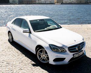 Аренда Mercedes E212 restyling(белый салон) на свадьбу в Санкт-Петербурге
