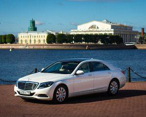 Аренда Mercedes 222 LONG белый на свадьбу в Санкт-Петербурге