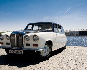 Аренда Jaguar Daimler на свадьбу в Санкт-Петербурге